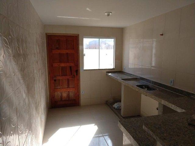 Casa de 2 quartos em frente a praia de Unamar Cabo Frio - fora de condomínio - Foto 8