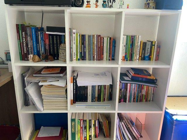 Estante de livros - Foto 2