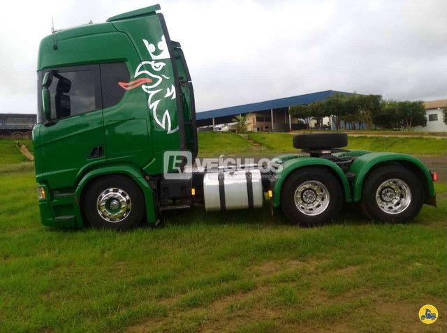 Scania R500 6x4 Suspensão a Molas - Foto 5