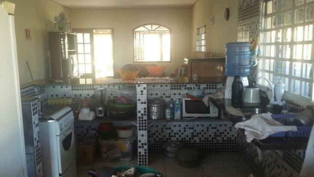 Casa com piscina em s.José de Almeida. 350 a diária do fim de semana comum - Foto 9