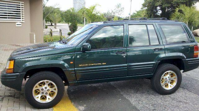 Jeep Grand Cherokee 97 V8 5 2  1997 - Carros