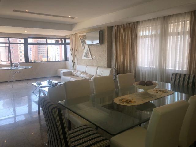 """Apartamento um por andar 180m², 3 suítes, 3 vagas,""""porteira fechada"""" - Foto 5"""