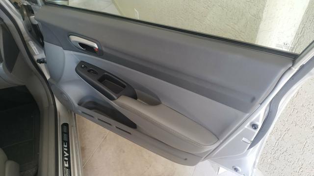 Vendo ou troco por carro Xt ou Hornet Honda Civic 2011 - Foto 3