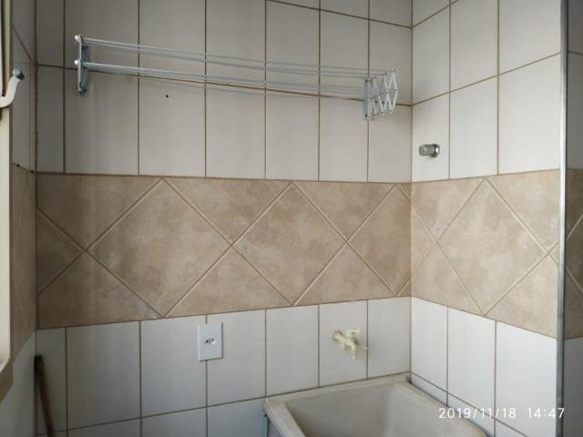 Apartamento com 3 dormitórios para alugar, 60 m² por R$ 600,00/mês - Residencial Macedo Te - Foto 13