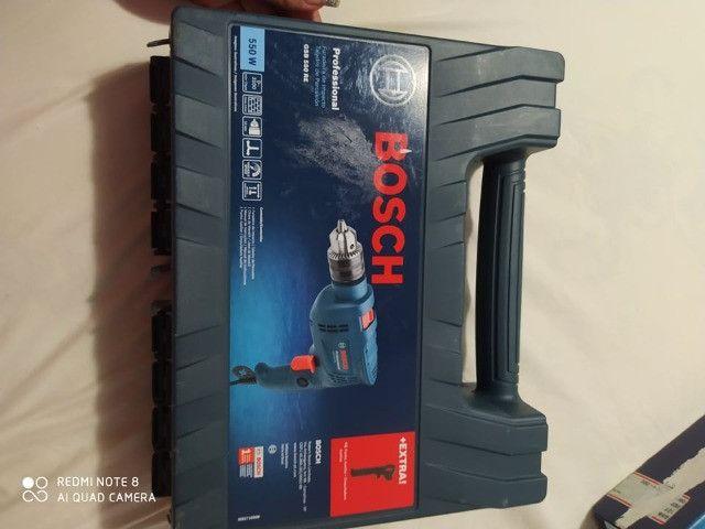 Furadeira de impacto Bosch Gsb Re 550w Com Maleta