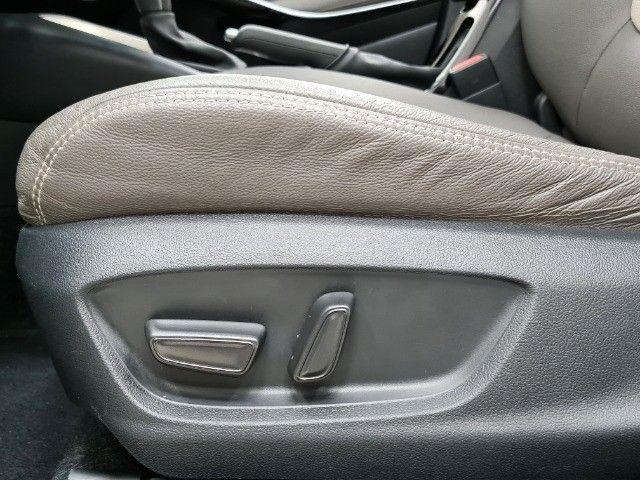 Corolla Altis Premium Hybrid 1.8 Flex Aut. | Apenas 10mil kms + Único dono! - Foto 11