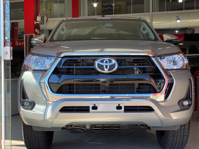 Toyota Hilux Cabine Dupla SRV 2.7 CD 4x2 (Flex) (Aut)