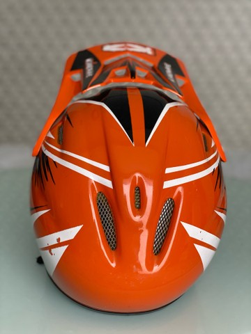 Capacete Bicicross Kaerre preto/laranja tamanho 58 - Foto 4