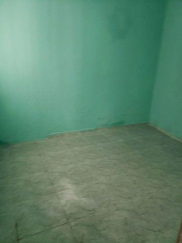alugo casa 2 quartos 850 candeias - Foto 8