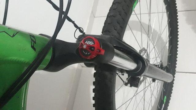 PRA VENDER RAPIDO!Vendo bike alumínio Foxxer 24 velocidades, aro 29 e quadro 17 COMPLETA - Foto 2