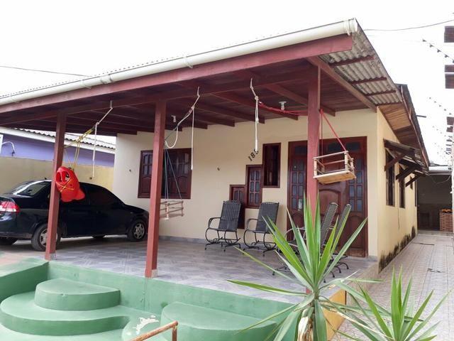 Vendo está casa localizada no bairro infrero1