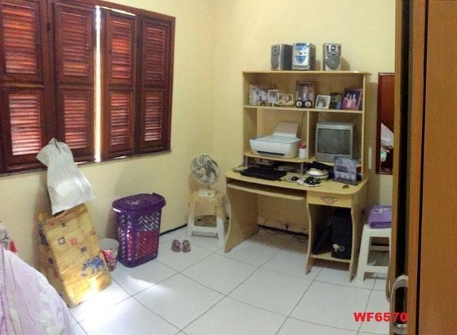 Casa plana no Castelão, 3 quartos, 6 vagas, deck com churrasqueira, - Foto 7