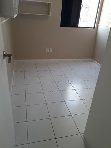 Ótimo apartamento de 3 quartos na Pajuçara - Foto 9