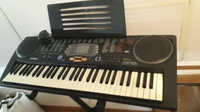 Kit Teclado Musical, 100 Song Bank tunes! CTK-531 + Suporte - Casio