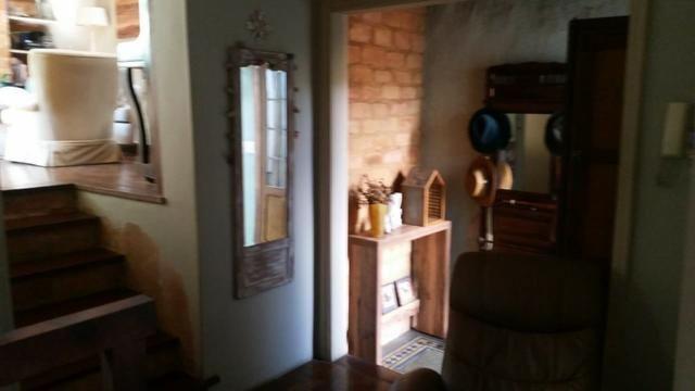 Casa reformada no Morin com 3 quartos e 3 vagas