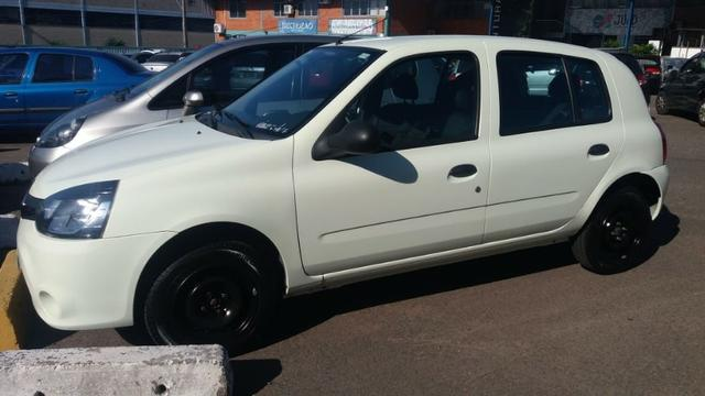 Renault Clio Authentique 1.0 16V (Flex) 4p 2013