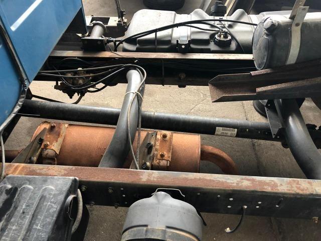 Sucata de Caminhão M. Benz 710 Plus 10/11(Somente p/ retirada de peças) - Foto 7