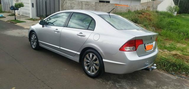 Vendo ou troco por carro Xt ou Hornet Honda Civic 2011 - Foto 2
