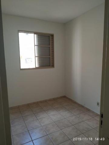 Apartamento com 3 dormitórios para alugar, 60 m² por R$ 600,00/mês - Residencial Macedo Te - Foto 2
