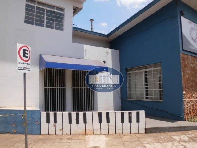Casa com 4 dormitórios para alugar, 350 m² por R$ 2.400/mês - Bairro das Bandeiras - Araça