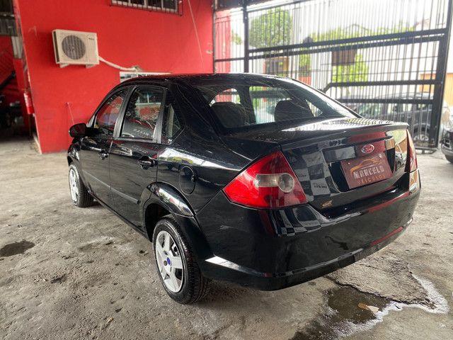 Fiesta sedan 1.0 2008 - Foto 9