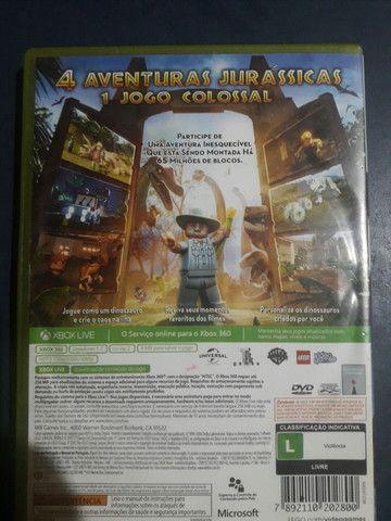 Lego Jurassic World Jogo Xbox 360 1-2 jogadores - Foto 2
