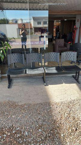Longarina,Cadeira pra recepção,Cadeira plástica, Cadeira  - Foto 2