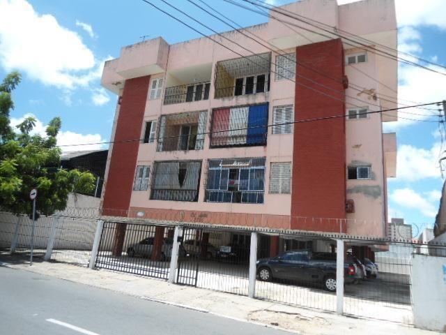 Apartamento com 3 dormitórios à venda, 123 m² por R$ 265.000,00 - Fátima - Fortaleza/CE