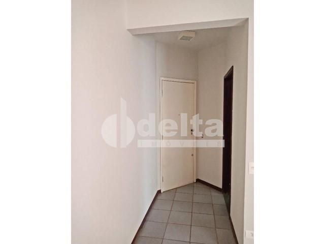 Apartamento para alugar com 1 dormitórios em Centro, Uberlandia cod:298158 - Foto 3