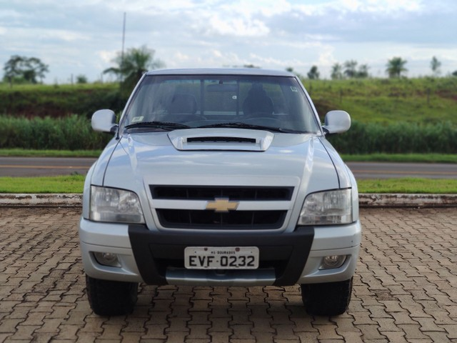 GM Chevrolet S10 cabine simples colina camionete ( Hilux Triton Amarok Ford ) - Foto 3