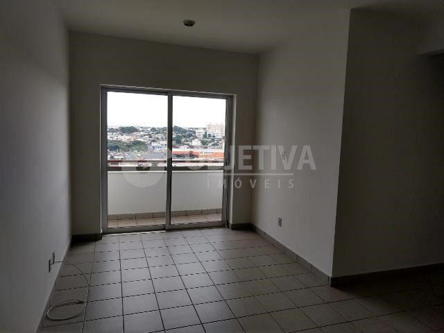 Apartamento para alugar com 3 dormitórios em Martins, Uberlandia cod:442772 - Foto 16