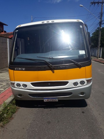 Vendo ou troco micro ônibus  - Foto 3