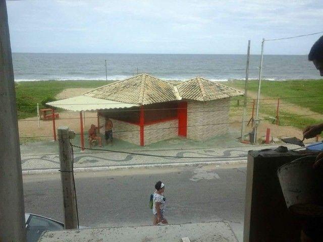 Casa de 2 quartos em frente a praia de Unamar Cabo Frio - fora de condomínio - Foto 10