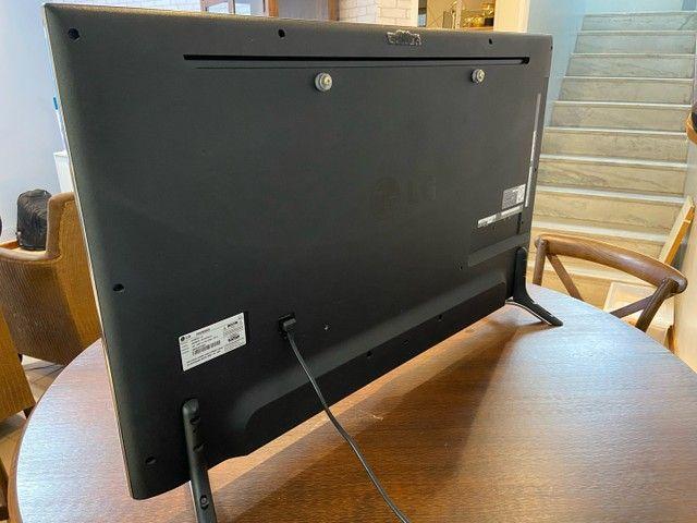 TV LG SMART TV 3D, LED ULTRA HD 4K, 49 polegadas, + 4 óculos 3D, suporte parede - Foto 2
