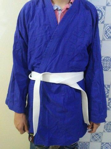 Vendo kimono 1 mês de uso - Foto 2