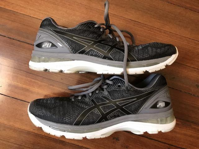 e50ef8348cf5c Tênis Asics Nimbus 20 - Tamanho 43 - Roupas e calçados - Saúde