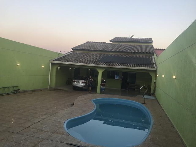 Casa de 3 qts, sendo 2 suítes toda moderna no Setor de Mansões de Sobradinho
