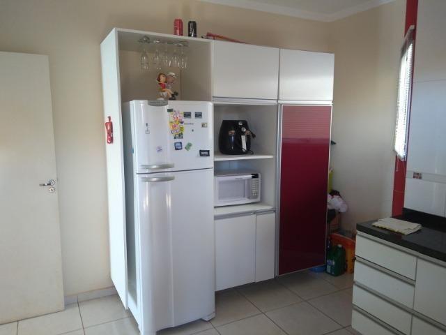 Linda Casa-Condomínio na Vila Planalto - Foto 14