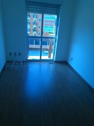 Apartamento para alugar com 2 dormitórios em , cod:I-021969
