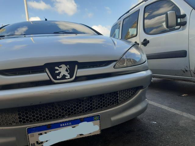 Peugeot em bom estado bem conservado para uso - Foto 4