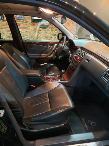 Mercedes Benz E320 - Elegance  - Foto 6