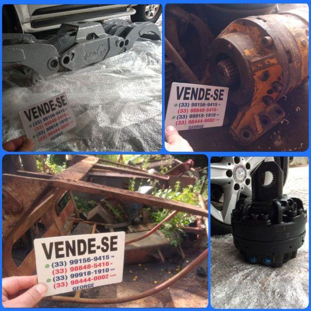 Garra com cilindro hidraulico,para carregadeira trator retroescavadeira munck - Foto 2