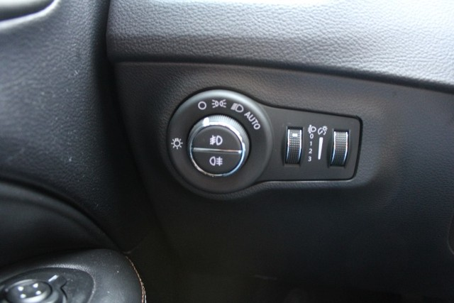 Jeep Compass Longitude 2.0 Automático 2017 - Foto 19