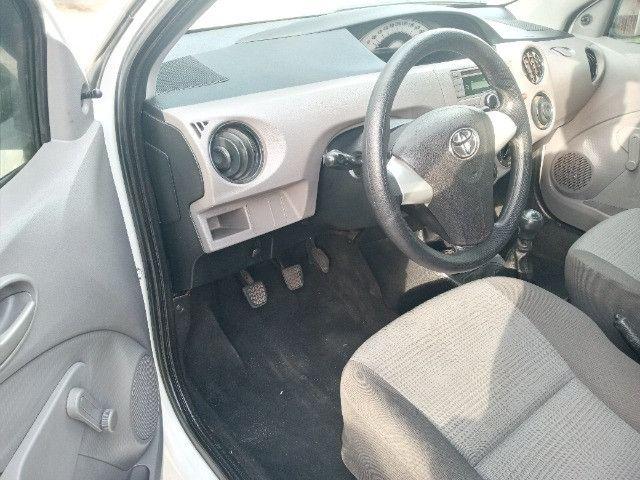 Toyota etios hatch - Foto 7