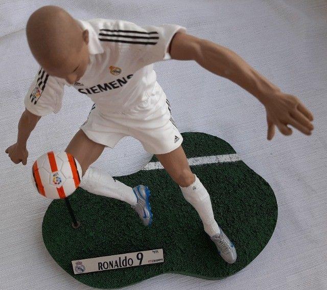 Figura Real do Fenômeno Ronaldo 9 FT Champs - Figura Real