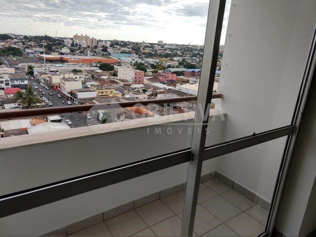 Apartamento para alugar com 3 dormitórios em Martins, Uberlandia cod:442772 - Foto 14
