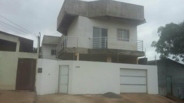 Vende-se excelente casa