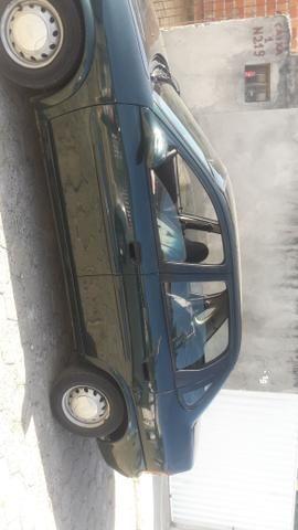 Vendo Corsa ano 99 modelo 2000
