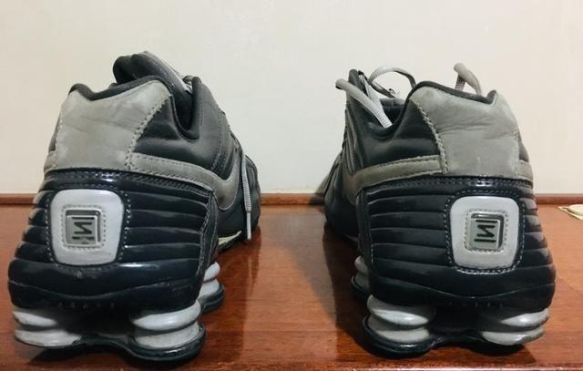 5b6c16b72ce Tênis Nike Shox - couro -N 43 - Roupas e calçados - Água Branca