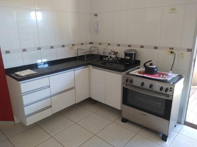 Linda Casa-Condomínio na Vila Planalto - Foto 13